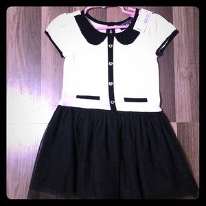 Casual knit black and off white dress.
